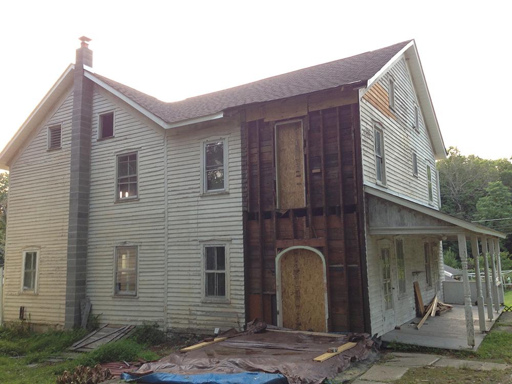 Bangor Farmhouse 25